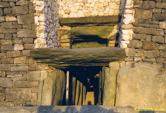 Images Of Newgrange Megalithic Passage Tomb Ireland