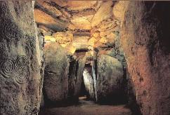 Newgrange Ireland - Megalithic Passage Tomb - World Heritage Site