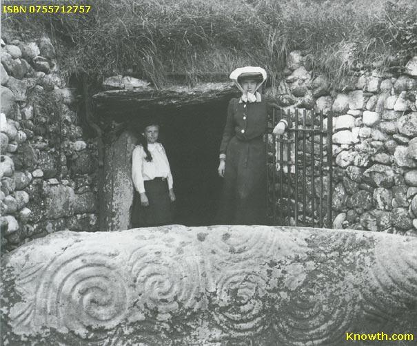 http://www.knowth.com/newgrange/newgrange-1910.jpg