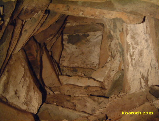 corbelled roof over the chamber inside the mound at New Grange